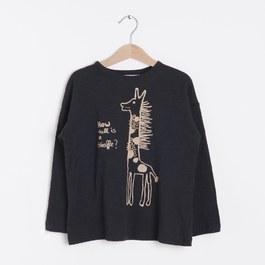 戴圍巾的長頸鹿有機薄棉上衣